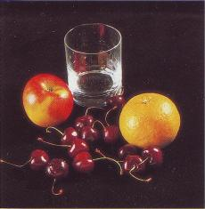 Стакан и фрукты